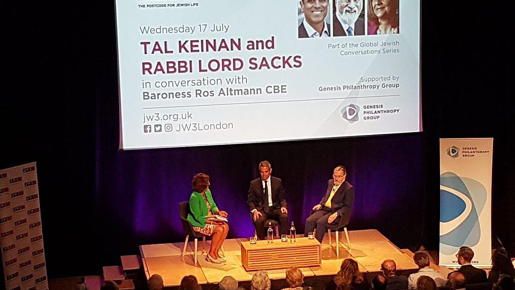Lord Sacks: Charedi community 'does not have to be afraid of the outside world'